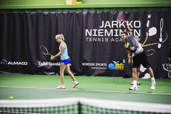 Jarkon palkintorahat tennisakatemialle